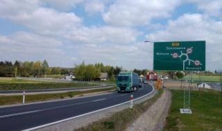 Koniec dużej inwestycji na drodze wojewódzkiej nr 707 w Kurzeszynie. Kosztowała ponad 35 mln złotych
